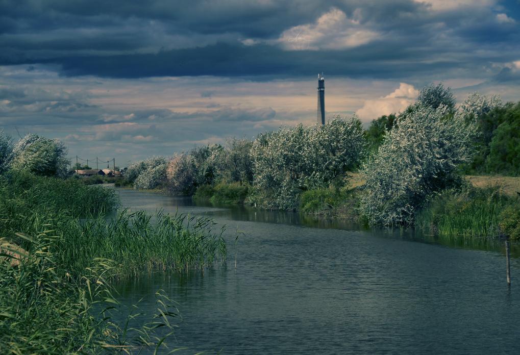 Canal V by DianaCretu