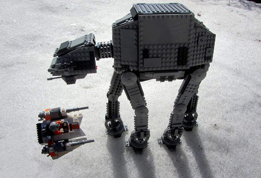 Lego AT-AT 3 by kilroyart