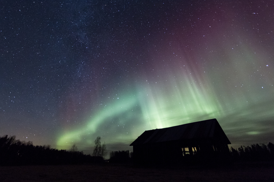 Barn under stars and auroras by Antz0