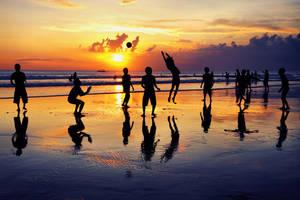Sunset volleyball by iqbalnugraha
