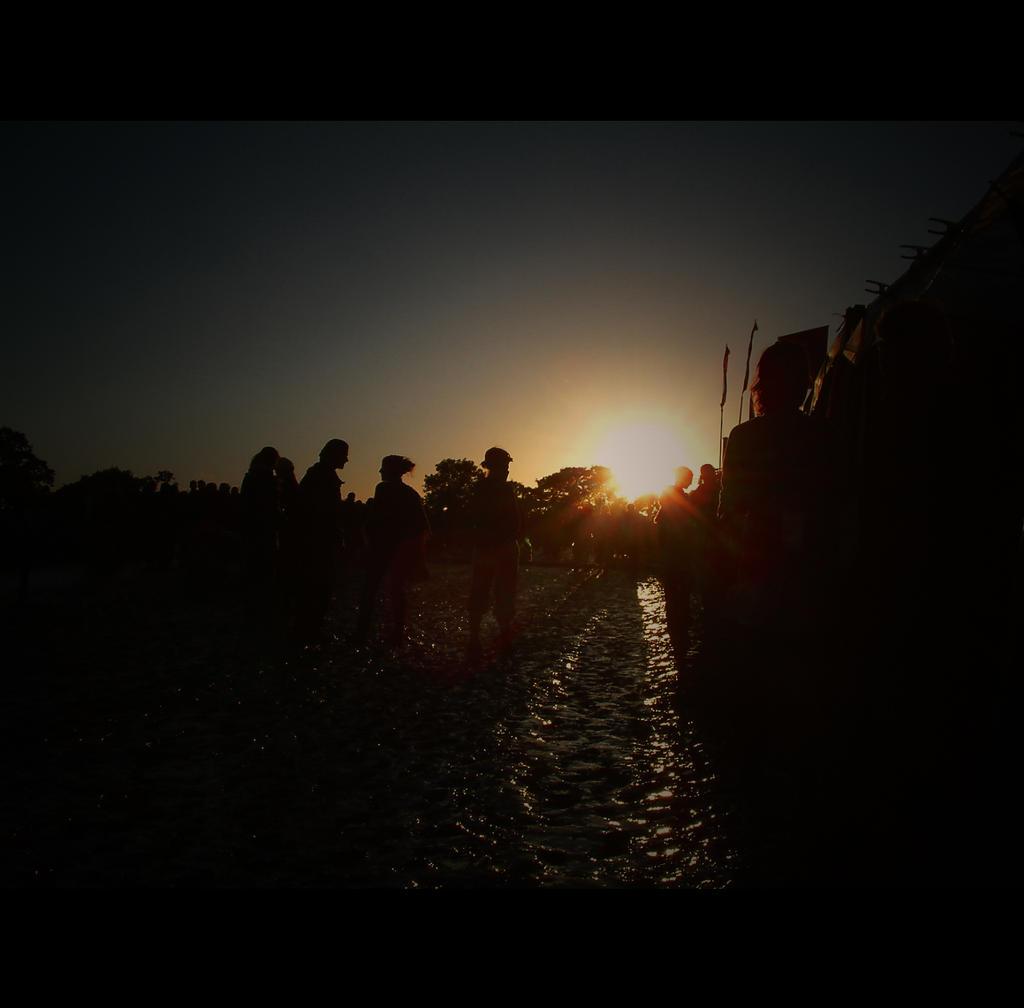 Glastonbury sunslush.... by Waeffe