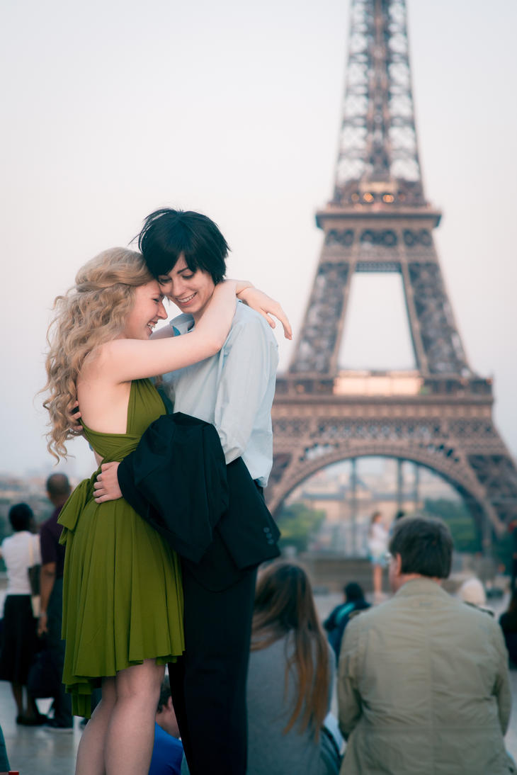 Date in Paris by Enilokin
