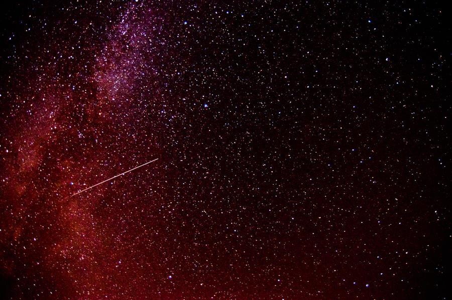 Shooting star by MaciejH