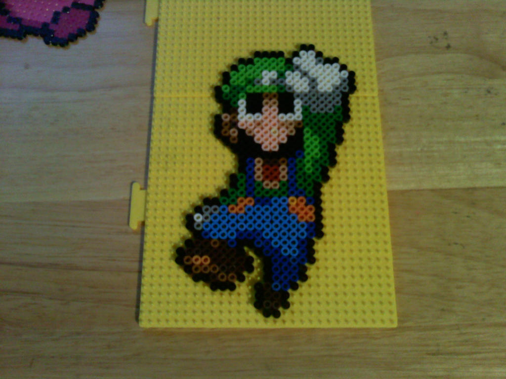 Luigi perler.... by dylrocks95