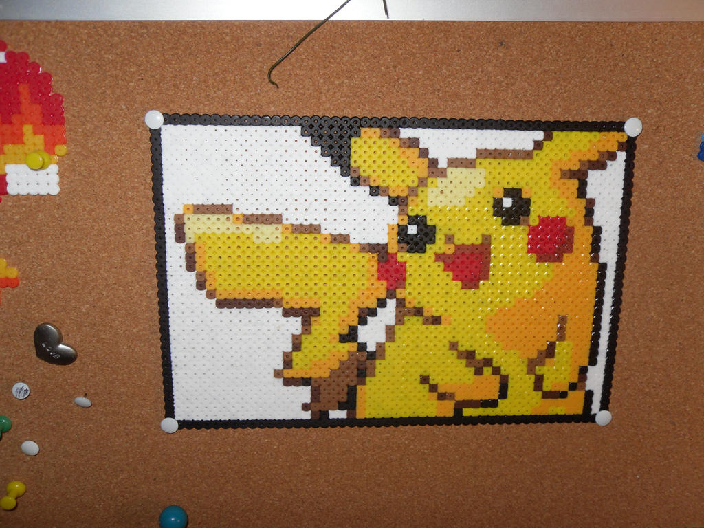 Pikachu perler thingy done by dylrocks95