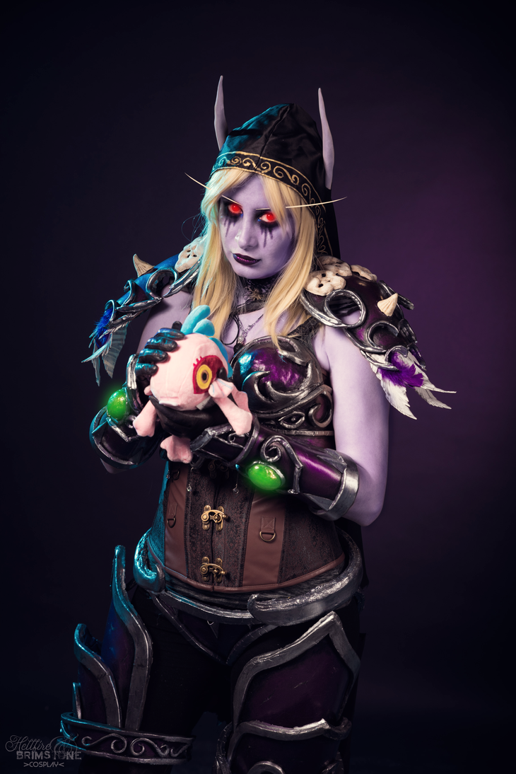 [Warcraft] I trust you will not waste my time. by Hellfire-Valkyrie