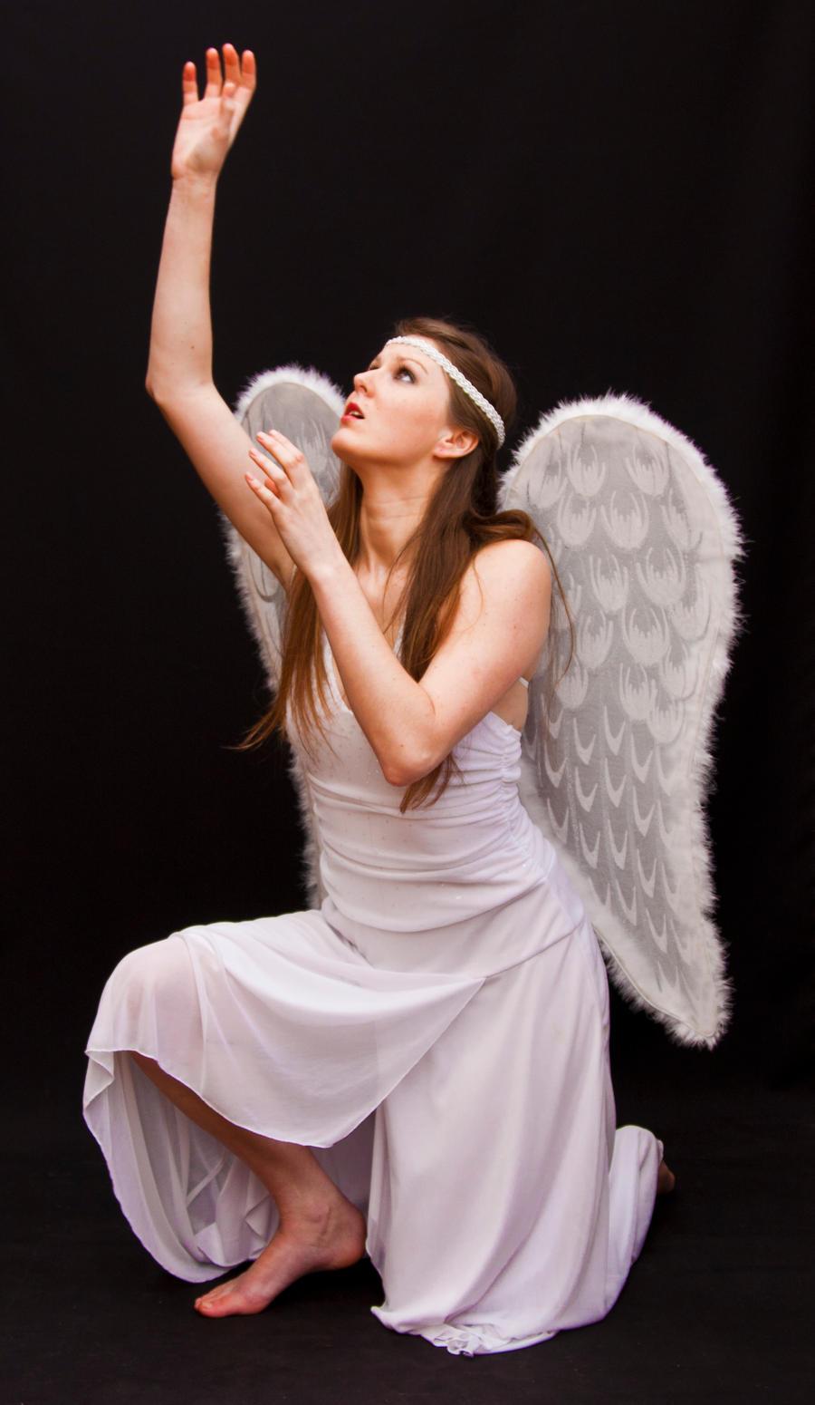 Angel 2 by CathleenTarawhiti