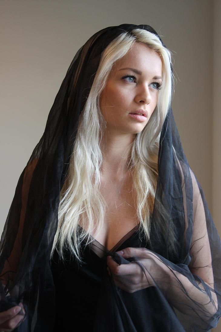 Black veil 2 by CathleenTarawhiti