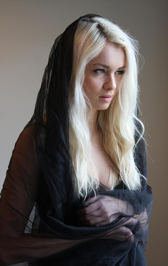 Black veil 3 by CathleenTarawhiti