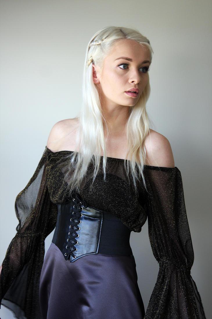 Khaleesi 2 by CathleenTarawhiti