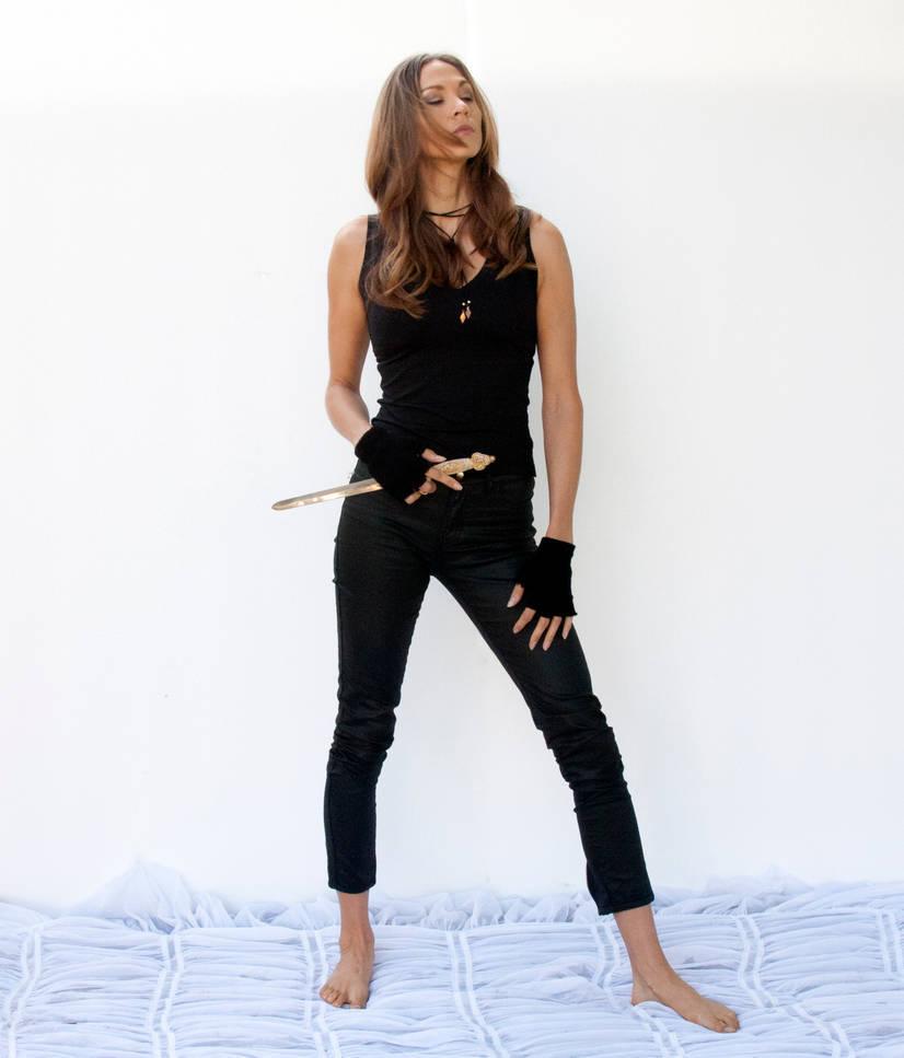 Action pose - woman 7 by CathleenTarawhiti