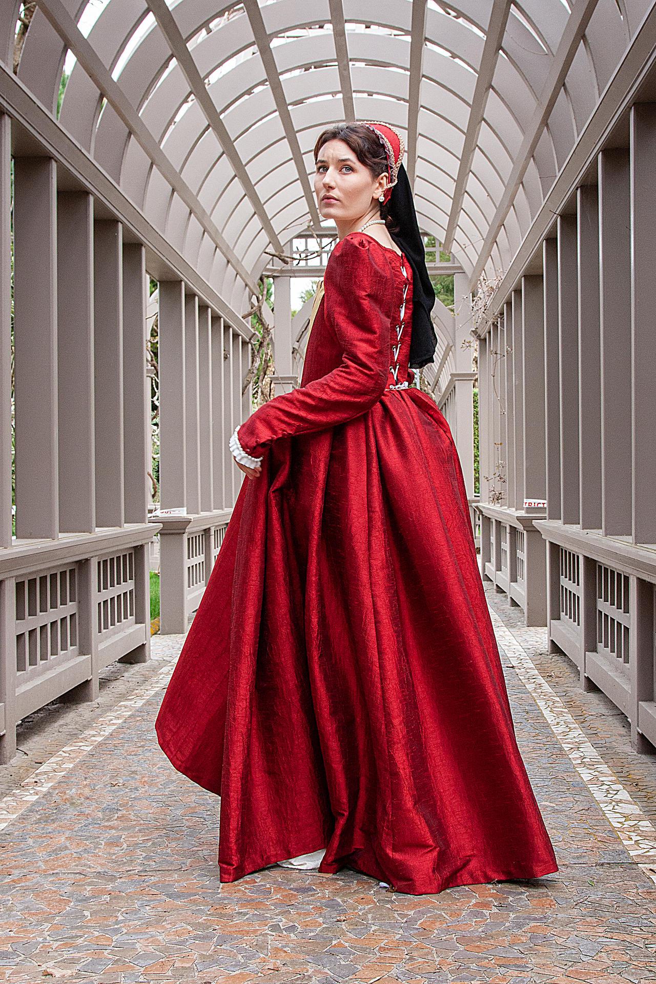 Tudor costume stock 2