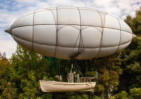 Huddleton airship