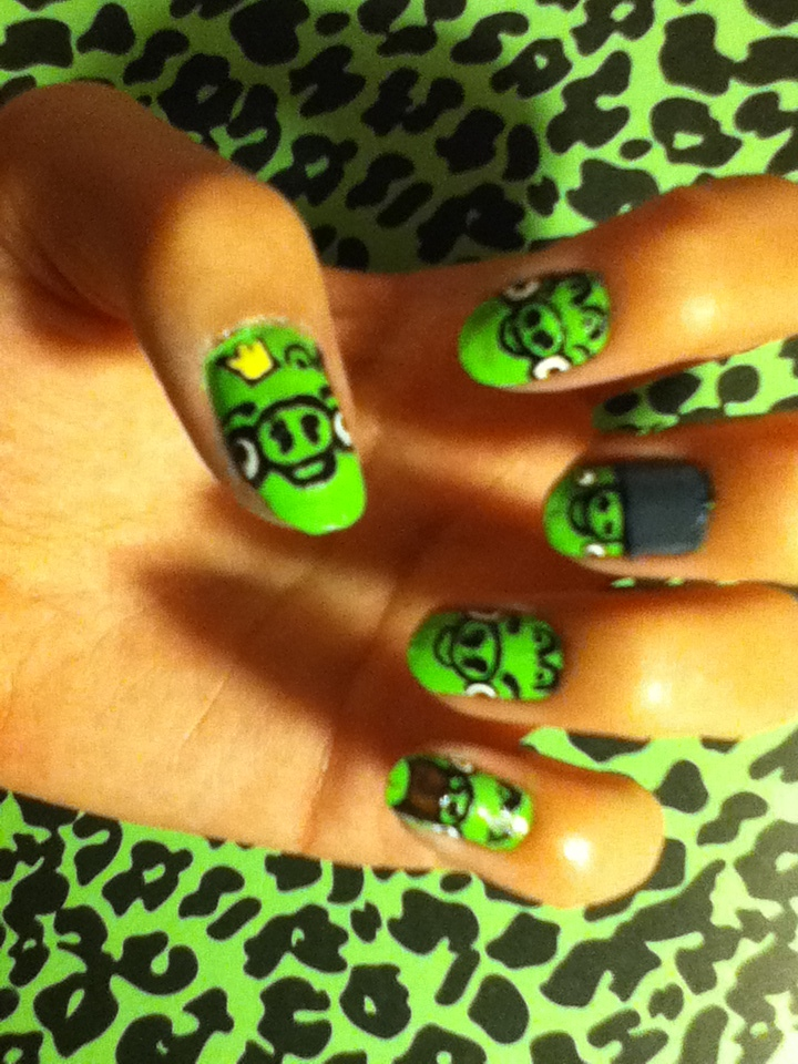 Angry Birds Pig Nail Art ~ the best inspiration for design and color ...