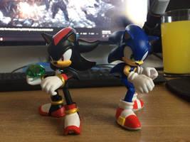 Sonic and Shadow 4-Inch Jakks Action Figures