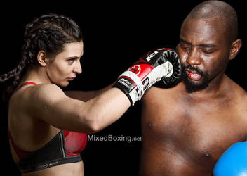 Christina Hammer vs Darrius - Mixed Boxing by MixedBoxingArt