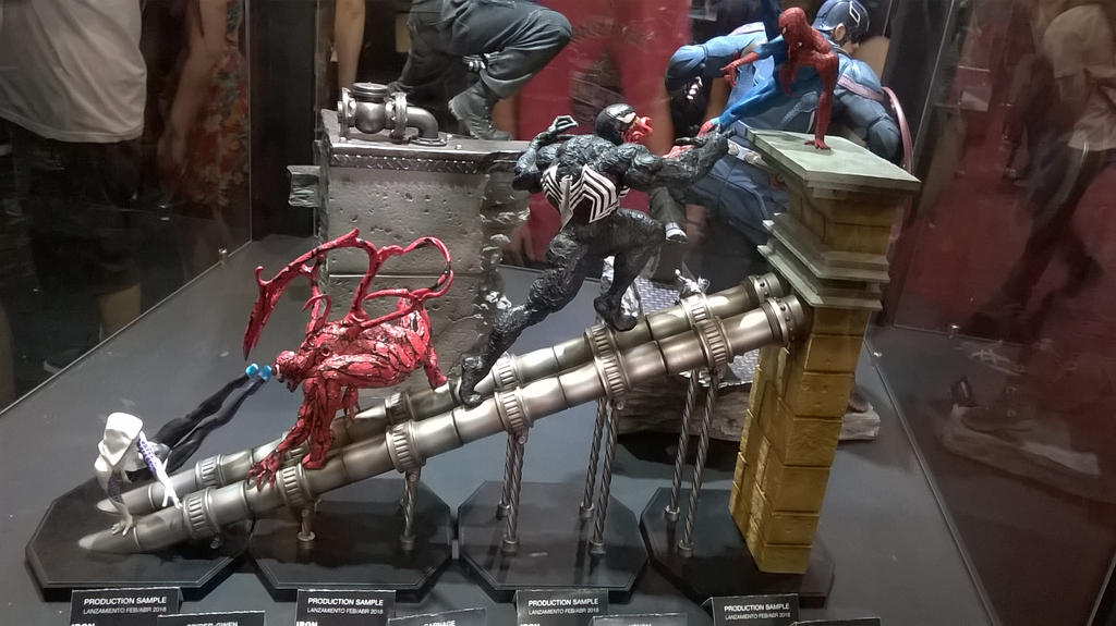 [Imagen: argentina_comicon_2017___spiderman_by_es...bw670x.jpg]