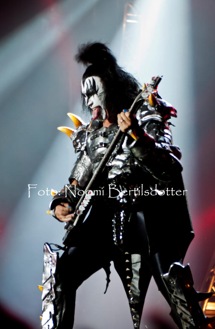 Gene Simmons....KISS by Grandmagoingnuts