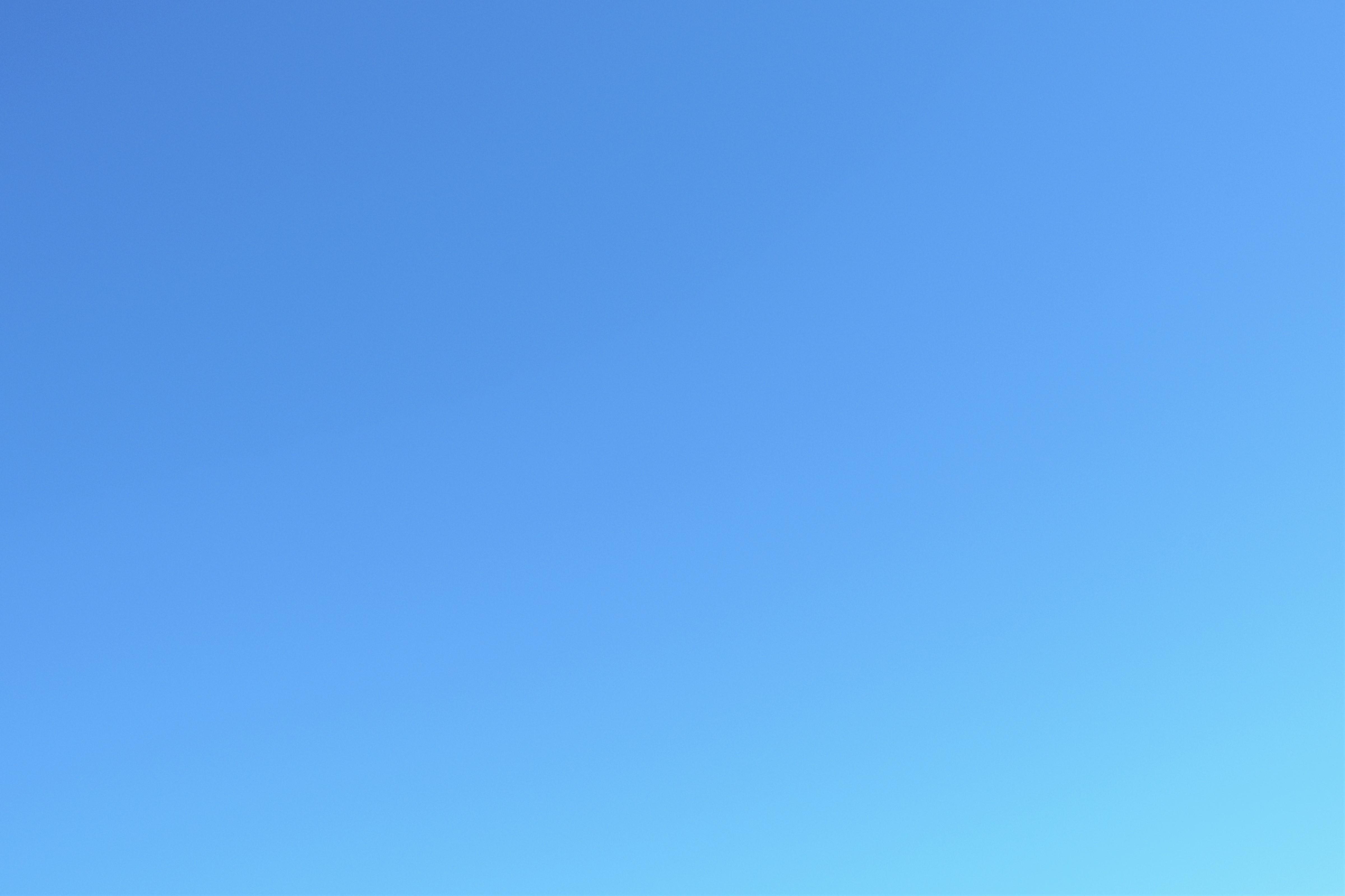 Blue sky by euCosDum on DeviantArt