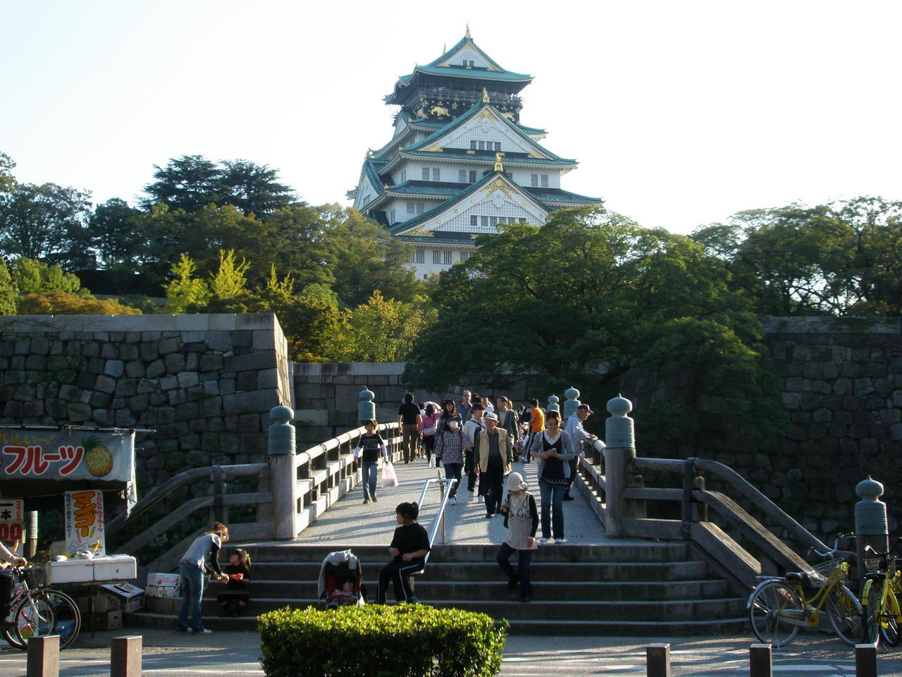 Osaka Castle 2 Deviant Art By Deadpoolme2 On Deviantart