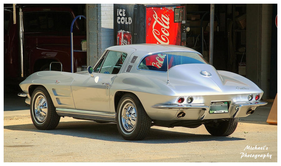 A Sharp Silver 1964 Corvette by TheMan268