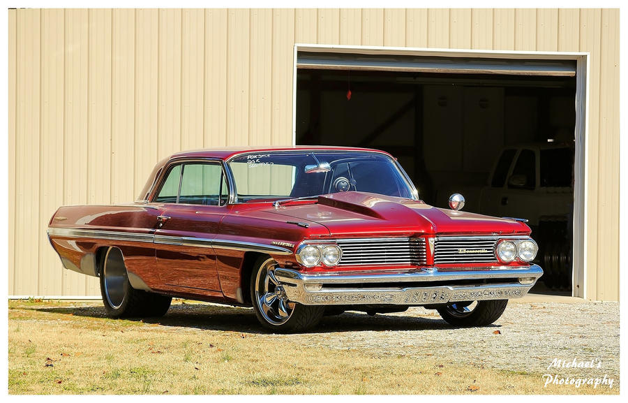 Very Nice Pontiac Bonneville by TheMan268
