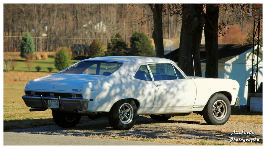 A White Nova SS by TheMan268