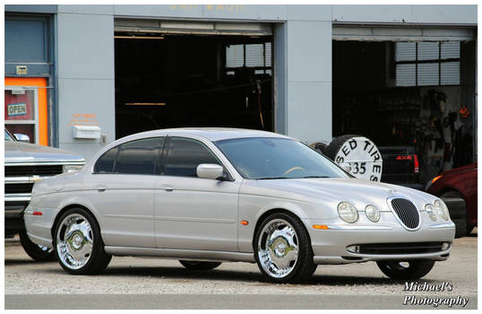 A Sharp Silver Jaguar