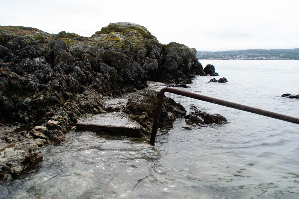 Landing Site Ireland's Eye by advdiaboli