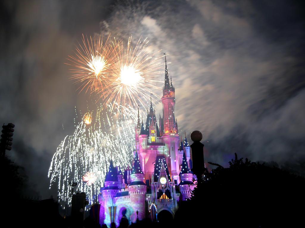 Disney Fireworks 19 by ModernMessiah-Photos