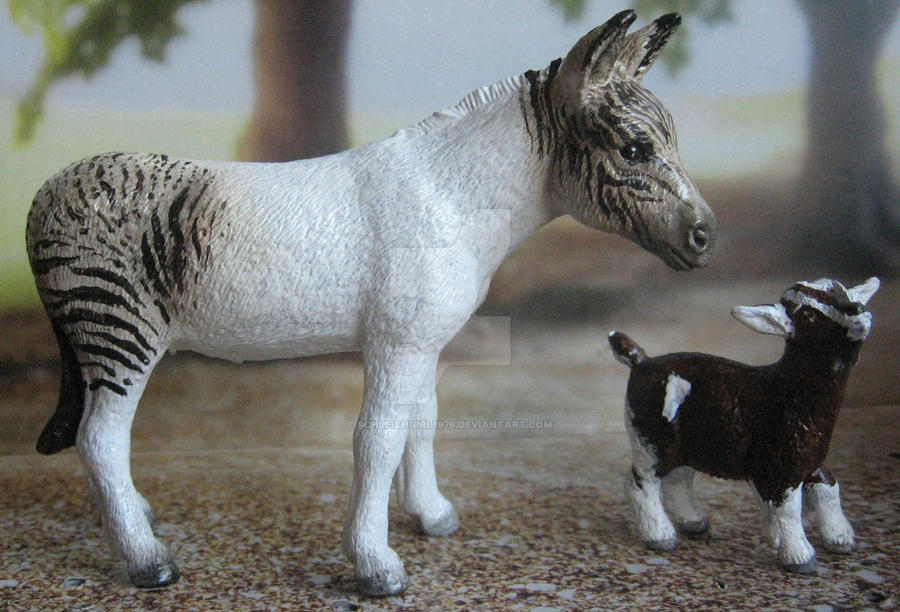 repaints schleich donkey and pygmy goat by. Black Bedroom Furniture Sets. Home Design Ideas