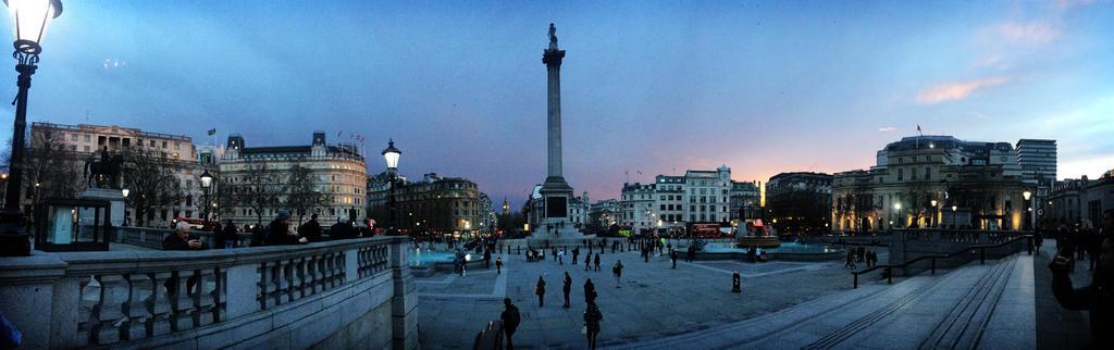 Trafalgar Square by TheStormUnleashed