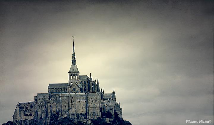 Le mont Saint-Michel by MPlichard
