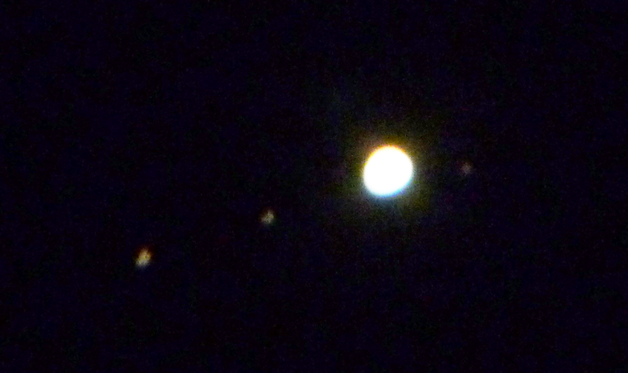 jupiter and moons through telescope - photo #39