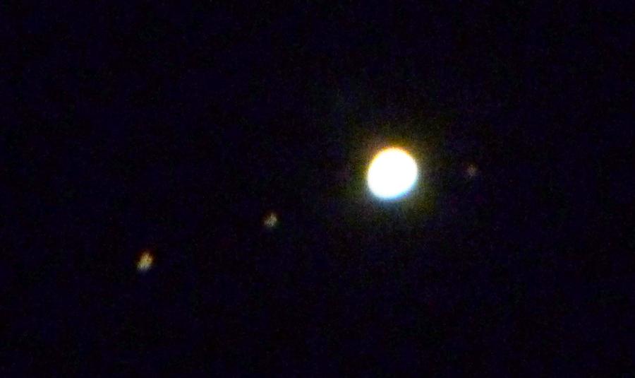 jupiter and moons through telescope - photo #39