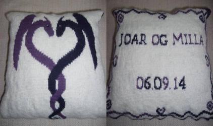 Knitted Wedding Pillow