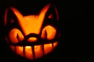 Cat Bus jack-o-lantern by twinklepug