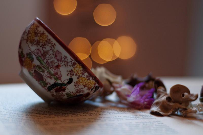 najromanticnija soljica za kafu...caj - Page 6 A_cup_of_luck_by_shadowelve-d4semrm