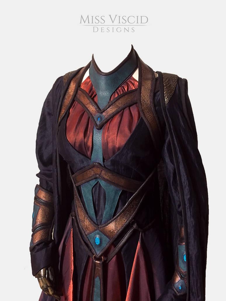 Dark Seer Gown