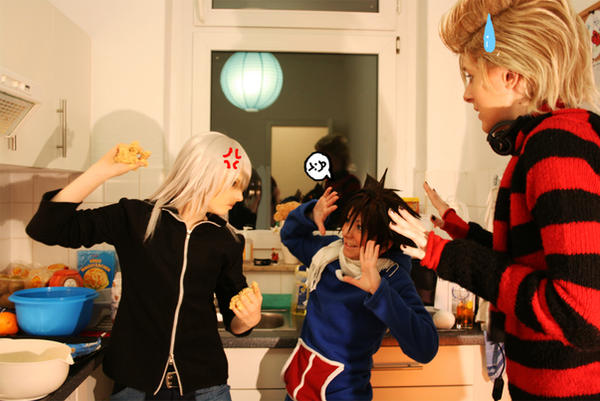 KH - Pastry Fight by KarniMolly