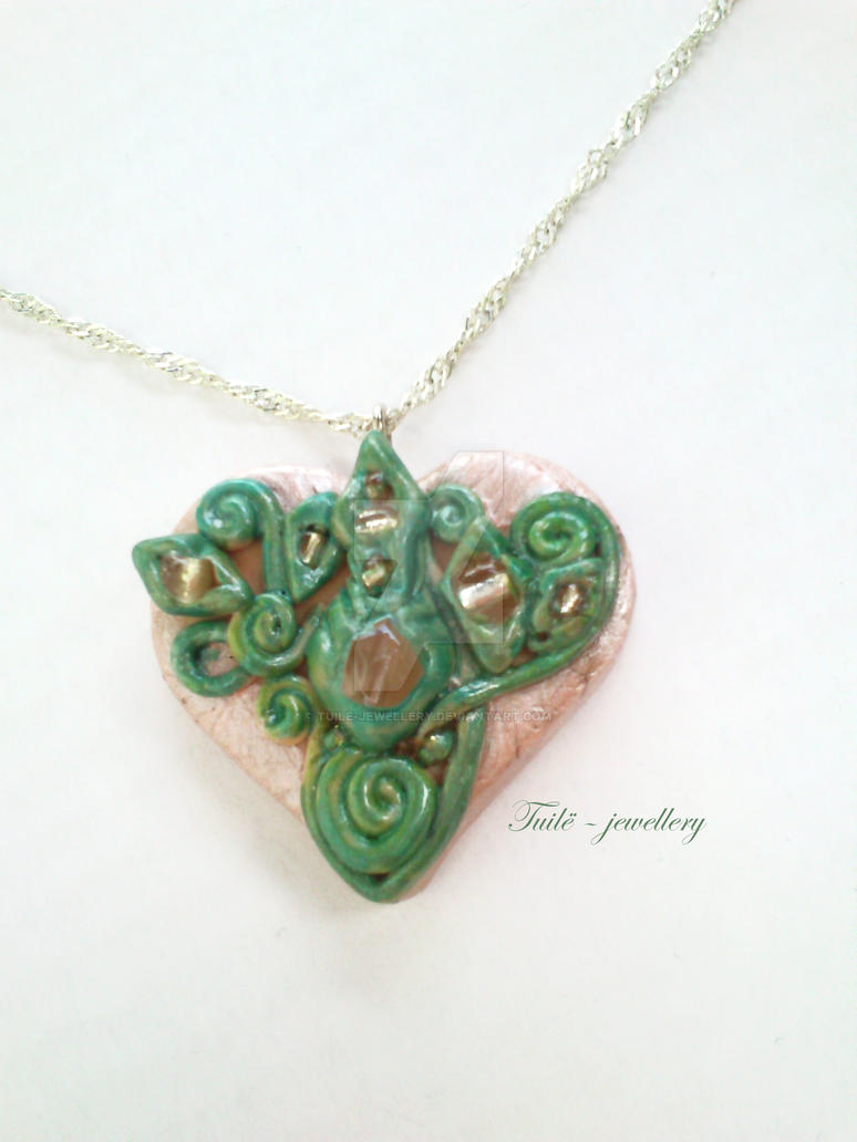 Eosin heart by Tuile-jewellery