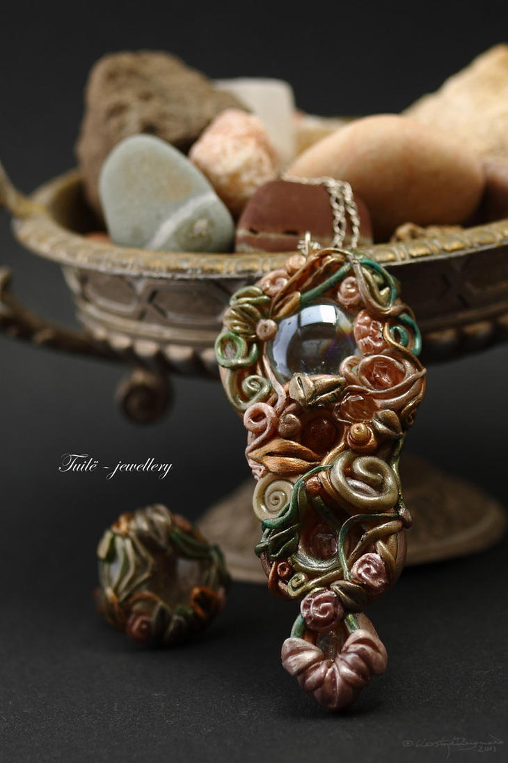Children of Arcadia next to secrets by Tuile-jewellery
