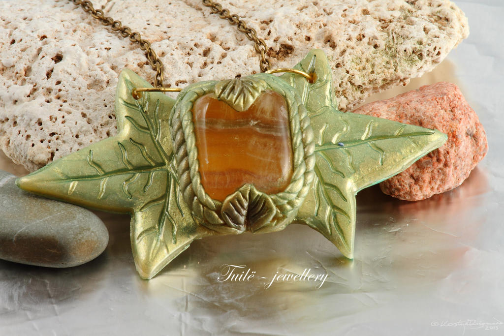 Mirkwood necklace by Tuile-jewellery