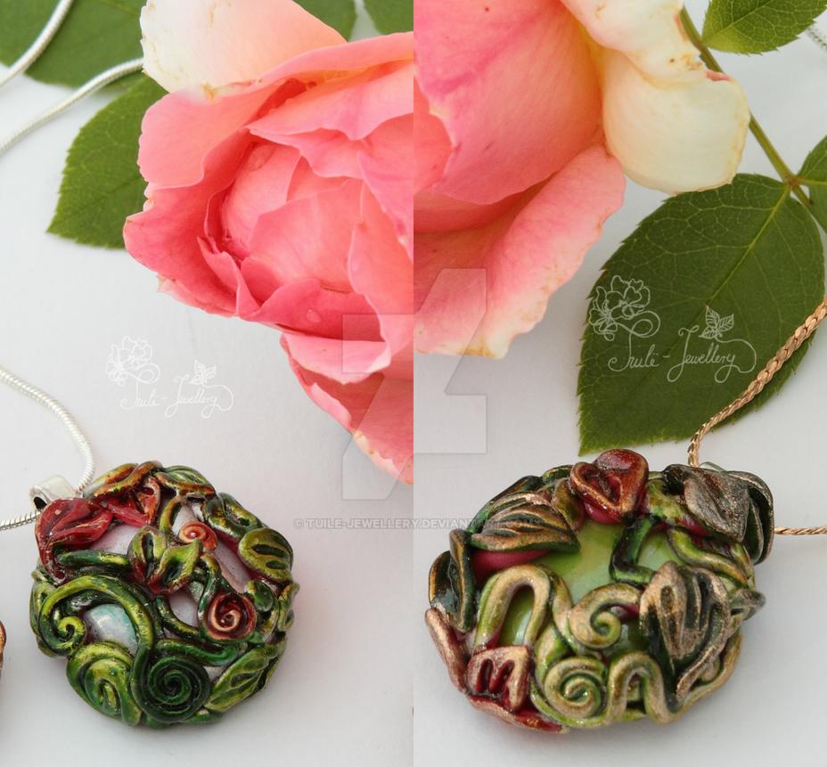Elladan and Elrohir pendants by Tuile-jewellery