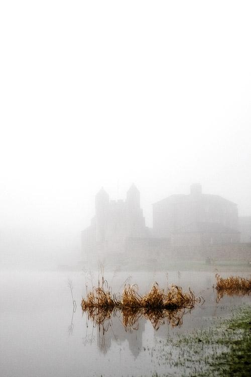 Enniskillen Castle in Mist by mole2k