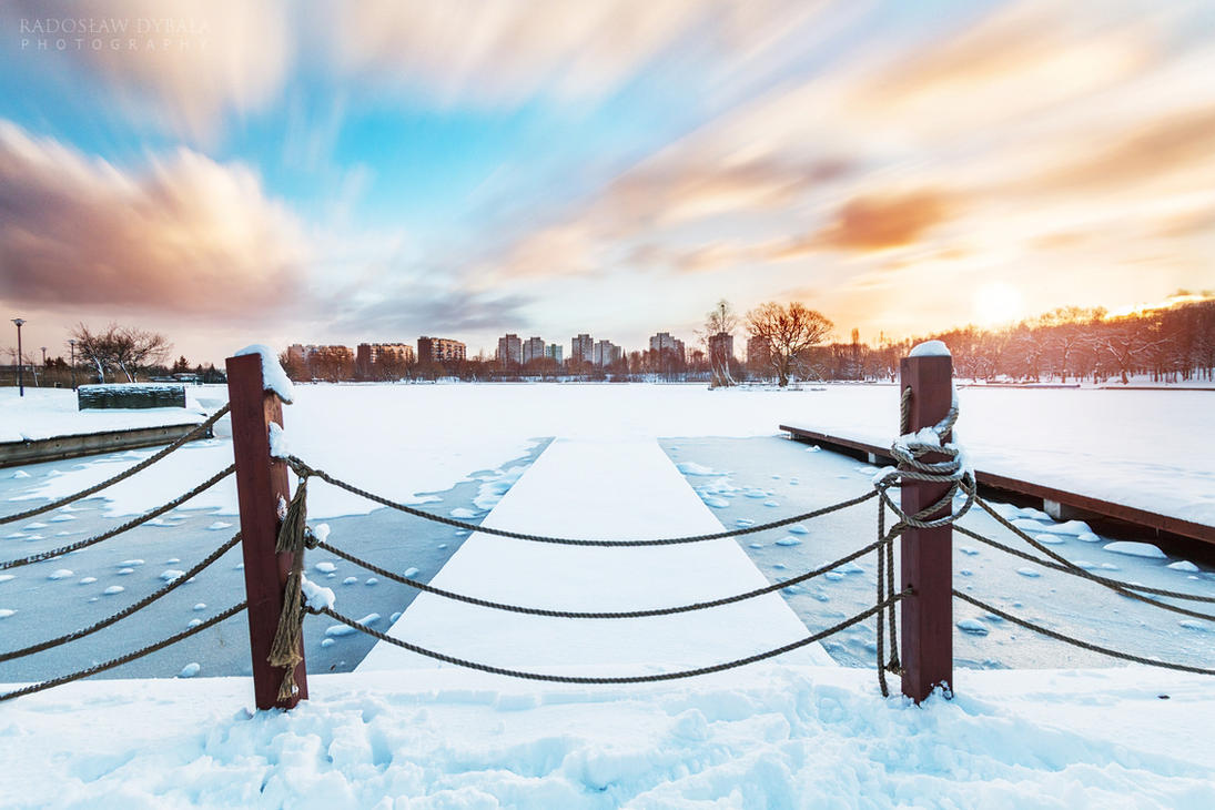 Winter time by Dybcio