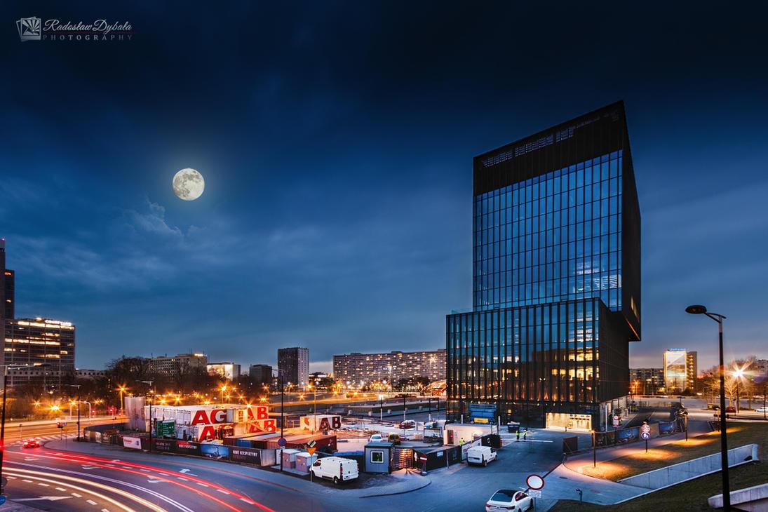 Moon tower by Dybcio