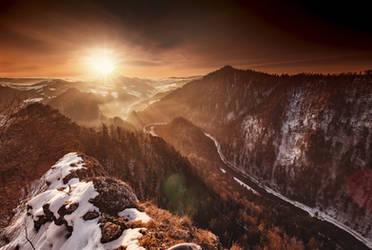 Morning sun by Dybcio