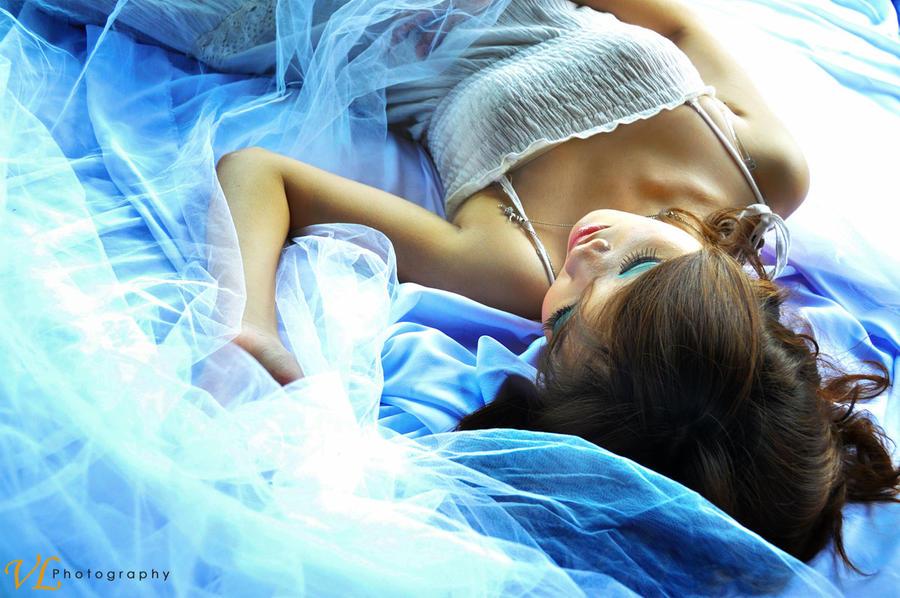 Velina - Sleeping Beauty by vellasky