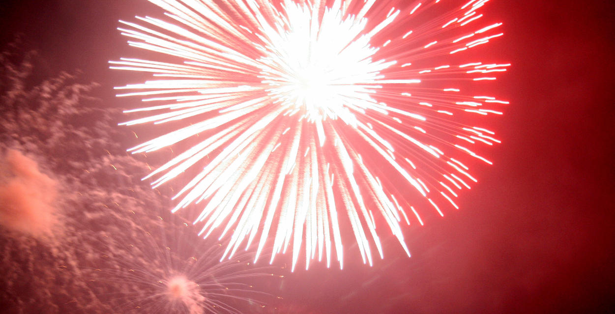 Fireworks I by dhunley